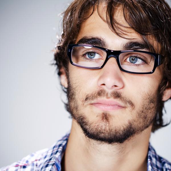 Famosos Descubra o que os seus óculos dizem sobre a sua personalidade  AF57