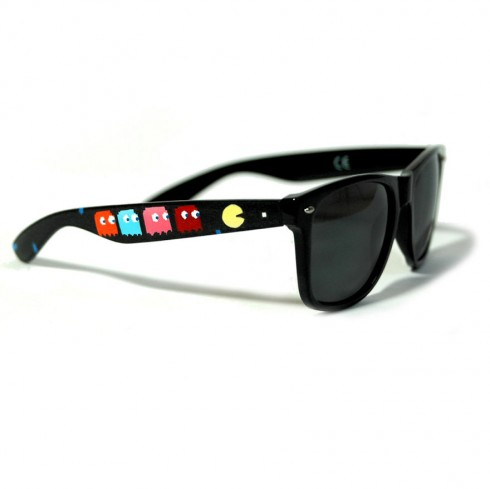 These-Hand-Painted-Sunglasses-Will-Blow-Your-Mind12__880