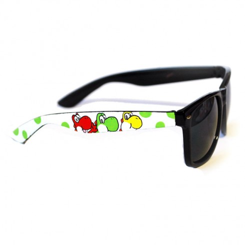 These-Hand-Painted-Sunglasses-Will-Blow-Your-Mind7__880