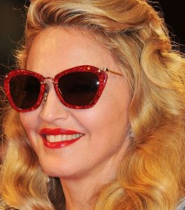 modelos-de-oculos-escuros-para-cada-tipo-de-rosto-1